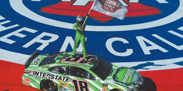 Kyle Busch captures 200th checkered flag